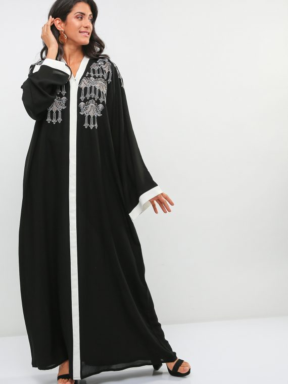 Color Contrast Detail Abaya-Haya