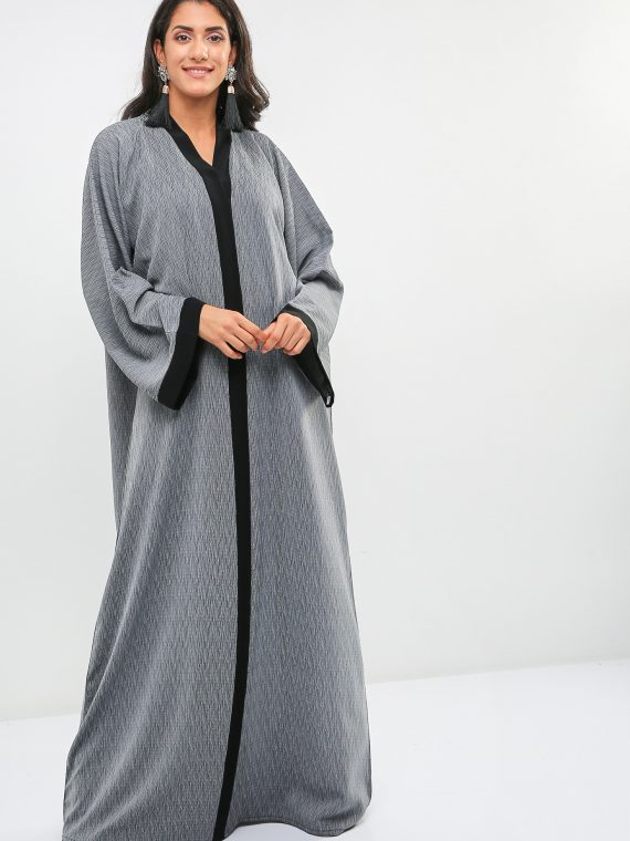 Contrast Lining Detail Abaya-Haya