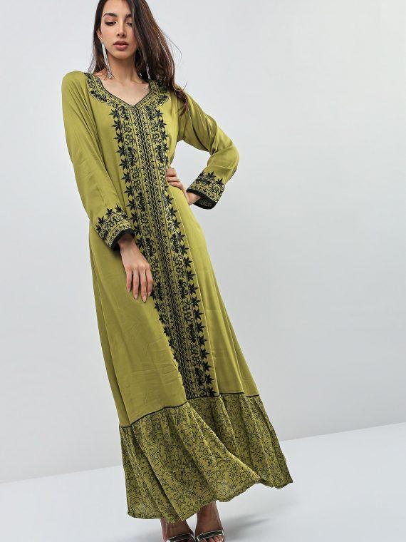 Green Front Contrast Embroidered Jalabiyas-Kashkha