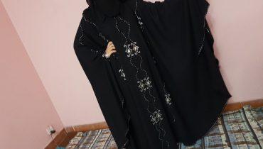 Abaya Designs #47 – Black & White Queen | Pearls Abaya 2018 | Queen Trends Abaya | Arabic Hijab