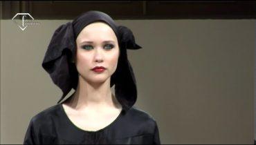 fashiontv | FTV.com – ABAYA COLLECTION SAKS FIFTH AVENUE 2009