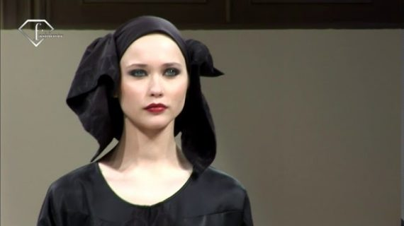 fashiontv | FTV.com – ABAYA COLLECTION SAKS FIFTH AVENUE 2009